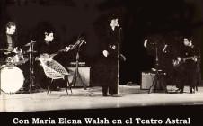 Con María Elena Walsh en el Teatro Astral